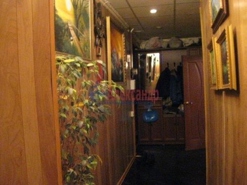 3-комнатная квартира (67м2) на продажу по адресу Московский просп., 117— фото 3 из 11
