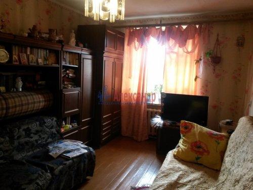 3-комнатная квартира (57м2) на продажу по адресу Кириши г., Ленина пр., 15— фото 5 из 8