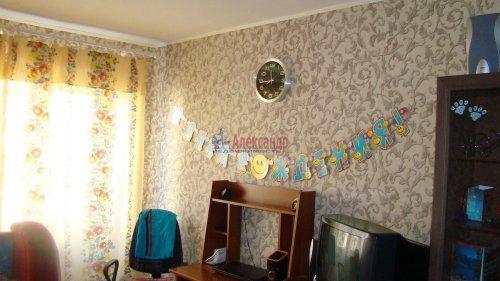 1-комнатная квартира (31м2) на продажу по адресу Гатчина г., Достоевского ул., 5— фото 6 из 8