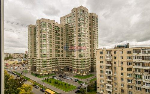 3-комнатная квартира (65м2) на продажу по адресу Купчинская ул., 33— фото 4 из 18