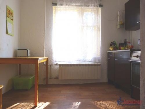 2-комнатная квартира (57м2) на продажу по адресу Отрадное г., Гагарина ул., 14— фото 5 из 7