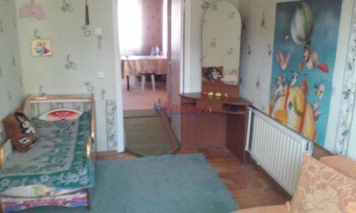 2 комнаты в 4-комнатной квартире (73м2) на продажу по адресу Горелово пос., Школьная ул., 43— фото 2 из 8