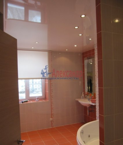 2-комнатная квартира (60м2) на продажу по адресу Вяртсиля пгт., Мира ул., 4— фото 23 из 26