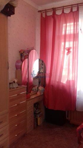 Комната в 3-комнатной квартире (71м2) на продажу по адресу Синявинская ул., 3— фото 4 из 17