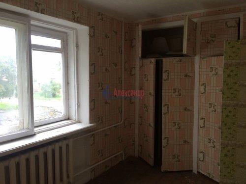 2-комнатная квартира (43м2) на продажу по адресу Назия пос., Октябрьская ул., 11— фото 7 из 7