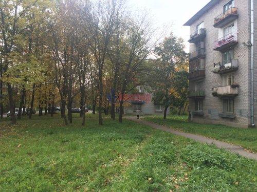 2-комнатная квартира (44м2) на продажу по адресу Петергоф г., Разведчиков бул., 14— фото 4 из 9