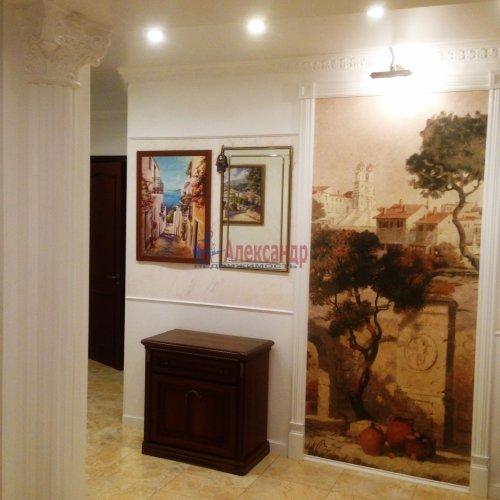 3-комнатная квартира (106м2) на продажу по адресу Комендантский пр., 11— фото 4 из 16