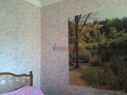 2-комнатная квартира (43м2) на продажу по адресу Кузнечное пгт., Молодежная ул., 8— фото 8 из 10