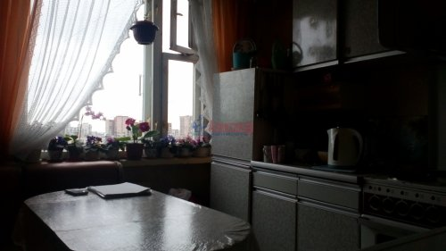 3-комнатная квартира (70м2) на продажу по адресу Будапештская ул., 77— фото 3 из 6