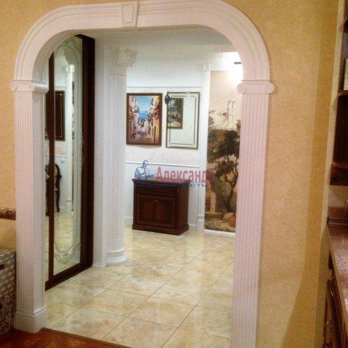 3-комнатная квартира (106м2) на продажу по адресу Комендантский пр., 11— фото 6 из 16