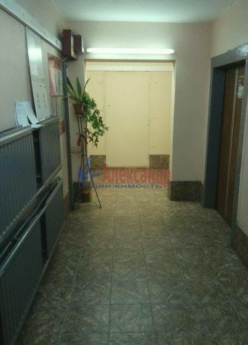2-комнатная квартира (55м2) на продажу по адресу Ильюшина ул., 1— фото 5 из 9