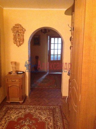 3-комнатная квартира (102м2) на продажу по адресу Тельмана пос., 46— фото 4 из 15
