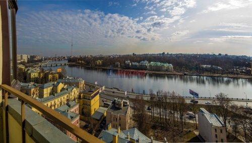 3-комнатная квартира (123м2) на продажу по адресу Савушкина ул., 36— фото 1 из 19