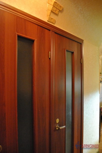 2-комнатная квартира (48м2) на продажу по адресу Летчика Пилютова ул., 23— фото 4 из 11