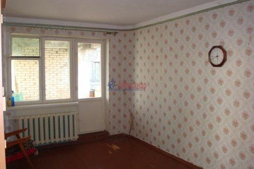 3-комнатная квартира (61м2) на продажу по адресу Кириши г., Молодежный бул., 16— фото 7 из 13