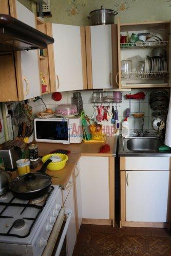 3-комнатная квартира (68м2) на продажу по адресу Обуховской Обороны пр., 144— фото 2 из 8