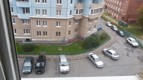1-комнатная квартира (38м2) на продажу по адресу Брянцева ул., 15— фото 10 из 13