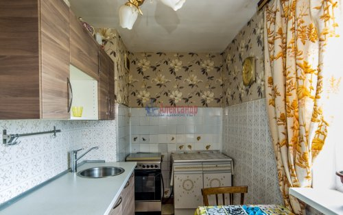 3-комнатная квартира (65м2) на продажу по адресу Купчинская ул., 33— фото 6 из 18