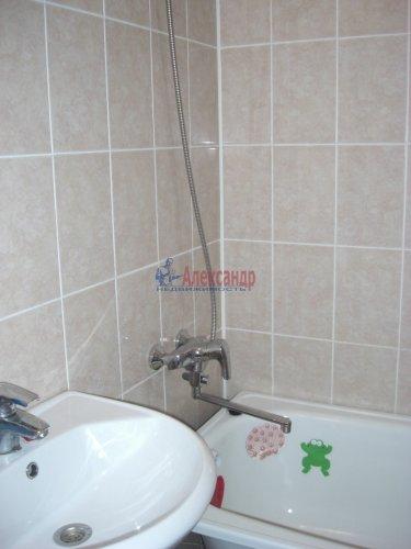 2-комнатная квартира (54м2) на продажу по адресу Осиновая Роща пос., Приозерское шос., 14— фото 9 из 17
