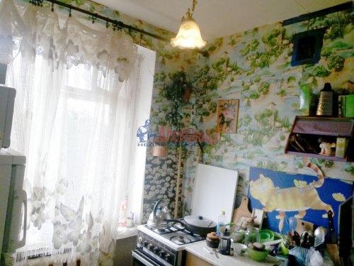 3-комнатная квартира (57м2) на продажу по адресу Кириши г., Ленина пр., 15— фото 6 из 8