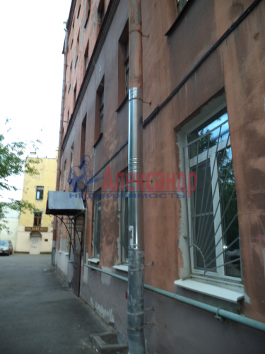 2-комнатная квартира (50м2) на продажу по адресу Маркина ул., 14-16— фото 25 из 28