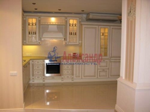 3-комнатная квартира (112м2) на продажу по адресу Капитанская ул., 4— фото 2 из 21