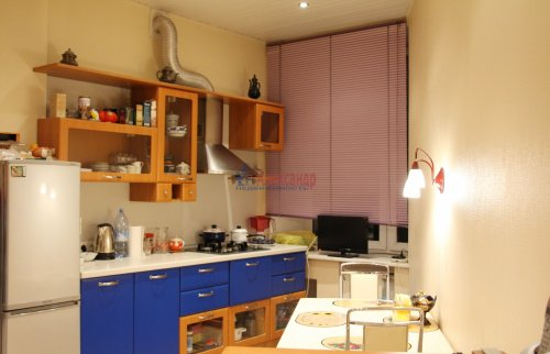 3-комнатная квартира (66м2) на продажу по адресу Добролюбова пр., 2— фото 2 из 15