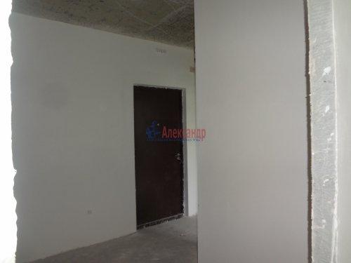 2-комнатная квартира (60м2) на продажу по адресу Мурино пос., Охтинская аллея, 14— фото 4 из 17
