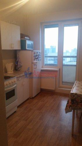 1-комнатная квартира (35м2) на продажу по адресу Маршала Казакова ул., 68— фото 10 из 14