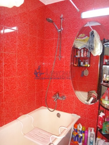 2-комнатная квартира (45м2) на продажу по адресу Маршала Жукова пр., 56— фото 3 из 16