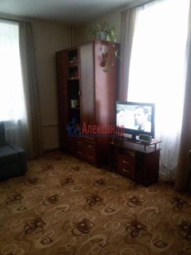 Комната в 3-комнатной квартире (76м2) на продажу по адресу Гусева ул., 3— фото 2 из 5