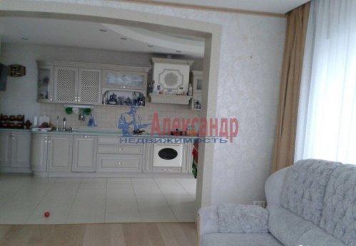 3-комнатная квартира (108м2) на продажу по адресу Луначарского пр., 11— фото 4 из 14