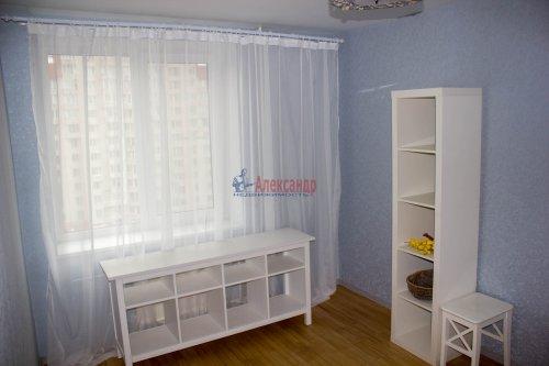 3-комнатная квартира (64м2) на продажу по адресу Ветеранов пр., 115— фото 5 из 13