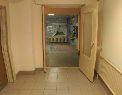 1-комнатная квартира (39м2) на продажу по адресу Просвещения просп., 64— фото 1 из 10