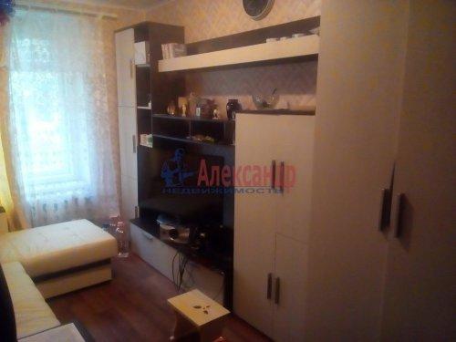 Комната в 3-комнатной квартире (57м2) на продажу по адресу Гатчина г., Достоевского ул., 11— фото 3 из 3