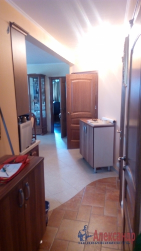 3-комнатная квартира (82м2) на продажу по адресу Непокоренных пр., 10— фото 3 из 8