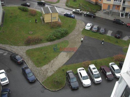 2-комнатная квартира (54м2) на продажу по адресу Осиновая Роща пос., Приозерское шос., 14— фото 13 из 17