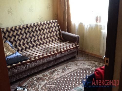 4-комнатная квартира (74м2) на продажу по адресу Коммунар г., Садовая ул., 6— фото 6 из 12