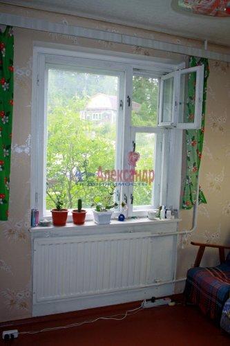 2-комнатная квартира (50м2) на продажу по адресу Лахденпохья г., Советская ул., 14— фото 1 из 9