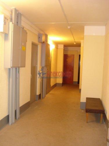 1-комнатная квартира (39м2) на продажу по адресу Оптиков ул., 52— фото 7 из 24