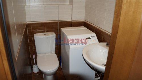 3-комнатная квартира (82м2) на продажу по адресу Варшавская ул., 23— фото 17 из 20