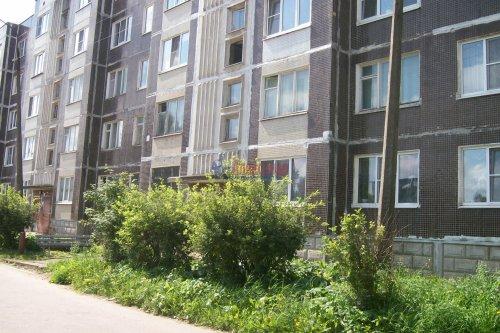 1-комнатная квартира (38м2) на продажу по адресу Оредеж пос., Карла Маркса ул., 10— фото 1 из 14