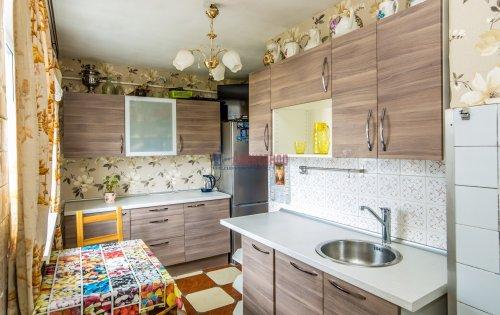 3-комнатная квартира (65м2) на продажу по адресу Купчинская ул., 33— фото 7 из 18