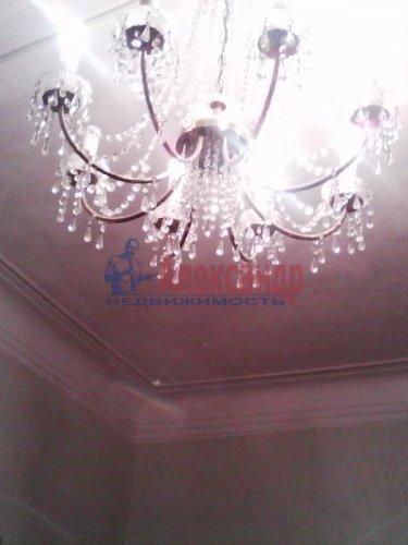 Комната в 3-комнатной квартире (85м2) на продажу по адресу Ломоносов г., Сафронова ул., 6— фото 3 из 8