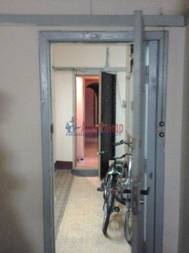 3-комнатная квартира (80м2) на продажу по адресу Комендантский пр., 40— фото 8 из 8