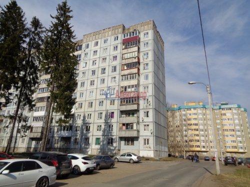 3-комнатная квартира (72м2) на продажу по адресу Сертолово г., Центральная ул., 10— фото 1 из 14