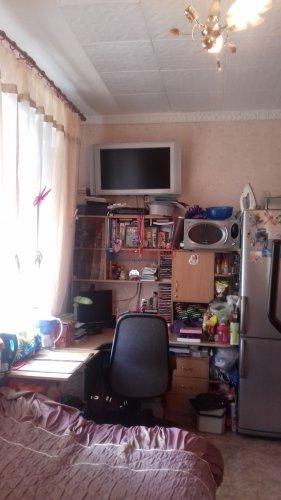 Комната в 3-комнатной квартире (71м2) на продажу по адресу Синявинская ул., 3— фото 5 из 17