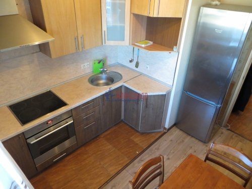 1-комнатная квартира (40м2) на продажу по адресу Караваевская ул., 28— фото 6 из 9