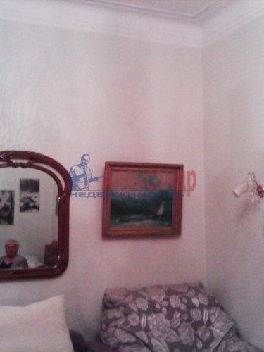 Комната в 3-комнатной квартире (85м2) на продажу по адресу Ломоносов г., Сафронова ул., 6— фото 5 из 8