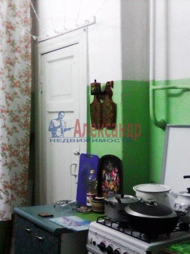 Комната в 3-комнатной квартире (85м2) на продажу по адресу Ломоносов г., Сафронова ул., 6— фото 6 из 8